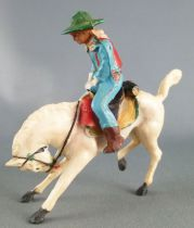 Starlux - Cow-Boys - Series 53 - Mounted Rodeo Hands on saddle Rearing down white horse (ref 413)