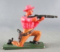 Starlux - Cow-Boys - Series 57 (Regular) - Footed kneeling firing gun (orange & brown) (ref 124)