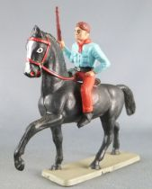 Starlux - Cow-Boys - Series 63 (Luxe) - Mounted rifle on side (blue & red) black horse (ref 4417)