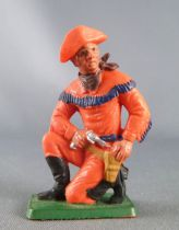 Starlux - Cow-Boys - Series 77 (regular) - Footed kneeling with gun (orange) (ref 126)