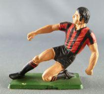 Starlux - Football (Soccer) (red & black) - One leg kneeling