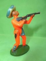 Starlux - Gauchos - Série 53 - Piéton tireur fusil debout ( orange) (réf 241)