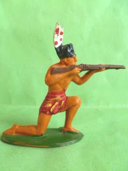 Starlux - Incas Série 53 - Piéton Tireur fusil genoux (red - plumes blanches) (réf 182)