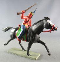 Starlux - Indiens - Série Luxe 63 - Cavalier Fusil en l\'air (bleu) cheval noir trot (réf 4424)