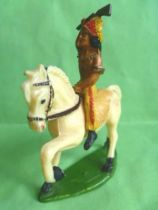 Starlux - Indiens - Série Ordinaire 53 - Cavalier Fusil en l\'air (jaune) cheval blanc au pas (réf 432)