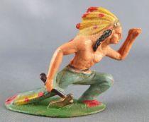 Starlux - Indiens - Série Ordinaire 53 - Piéton Guetteur hache à genoux (bleu) (réf 151)