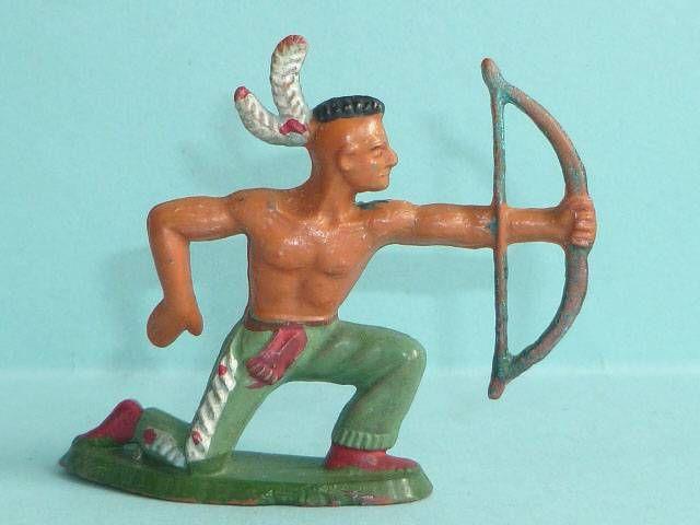 Starlux - Indiens - Série Ordinaire 57 - Piéton Tireur Arc genoux (vert) (réf 144)