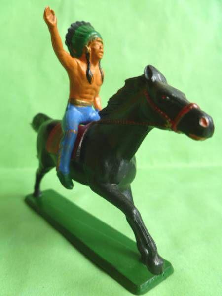 Starlux - Indiens - Série Ordinaire 65 - Cavalier Chef (bleu) cheval noir galop (réf 421)