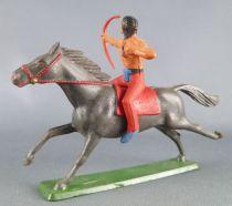 Starlux - Indiens - Série Ordinaire 65 - Cavalier Tireur à l\'arc (rouge) cheval gris foncé galop (réf 427)