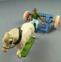 Starlux - La Ferme - Accessoires Machine Agricole - Râteau Mécanique sur roues à pneus avec conducteur (réf 571)