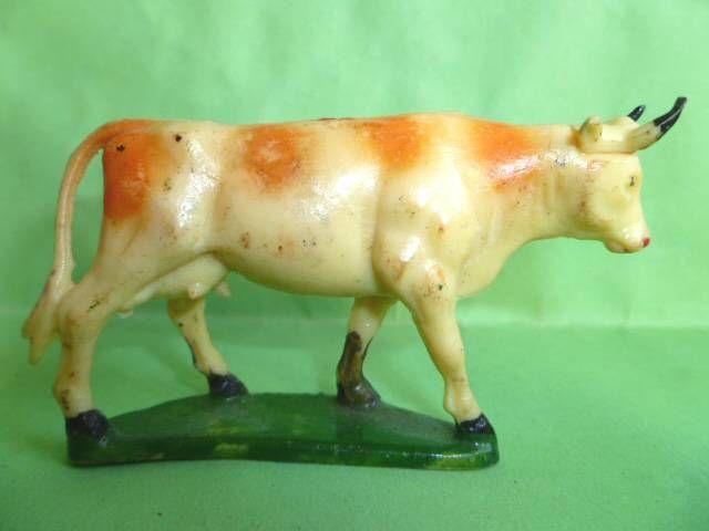 Starlux - La Ferme - Animaux - Vache tête droite avec socle (blanche & marron) (série 53/54 réf 544)