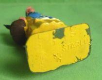 Starlux - la ferme - Fermière panier avec oie (jaune & bleu) (série 65/66 réf 513bis)