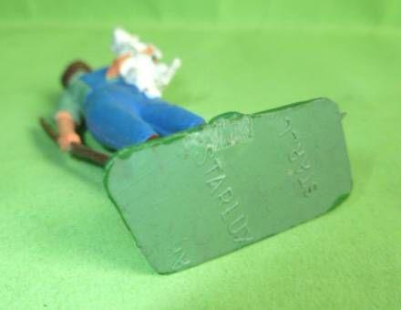Starlux - La Ferme - Jeune Fille portant agnelet (vert & bleu) (série 65/66 réf 515)