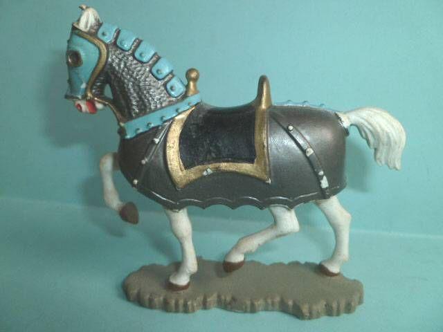 Starlux - Moyen-âge - série 60 - réf 6201 - cavalier Jeanne d\'Arc (argent) épée & casque cheval blanc caparaçon (modèle 63)