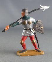 Starlux - Moyen-âge - série 63 - réf 6043 (socle gris) - Piéton Homme d\'arme avec faux