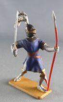 Starlux - Moyen-âge - Série 63 - réf 6050 (socle gris) - Piéton Chevalier combattant lance