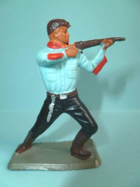 Starlux - Nestlé Kohler - Cow-Boys - Footed Firing rifle bent knees N° 137