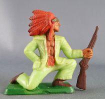 Starlux - Nestlé Kohler 1ère Série - Indiens - Piéton à genoux tenant fusil N° 21