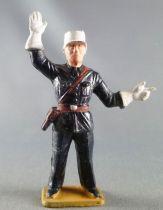Starlux - Policeman - Pointing (ref 2001)