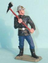 Starlux - Pompier 2ème série - Sapeur avec hache (réf SP6)