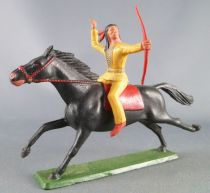 Starlux - Sioux Regular Series 1965 - Mounted with bow (yellow) black galloping horse (ref 437)