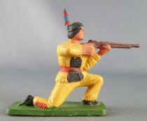 Starlux - Sioux Série Ordinaire 57 - Piéton Tireur fusil genoux (jaune) (réf 162)