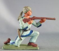 Starlux - Trappers - Series 72 - Footed firing rifle kneeling (ref 2302 / AD38)