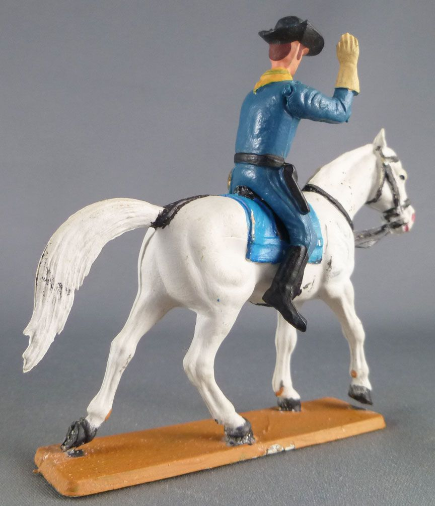 Starlux - Tuniques Bleues - Cavalier Officier bras levé (réf CTB1)