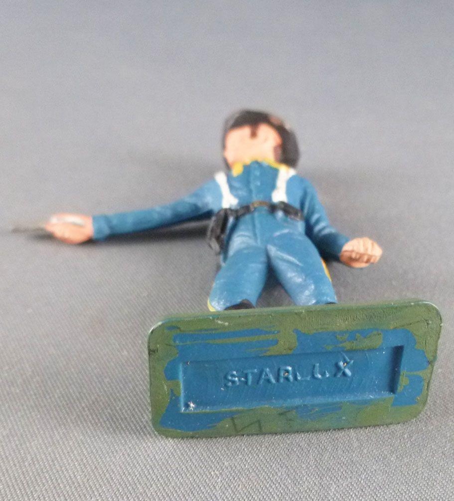 Starlux - Tuniques Bleues - Piéton tireur révolver (réf TB10)