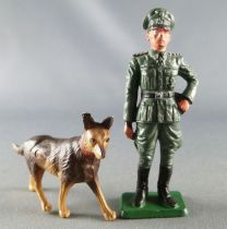 Starlux - WW2 - German - General with dog (ref V1)