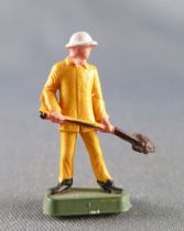 Starlux 20mm (1/87°) -  Rail Workers - With shovel (ref N°34)
