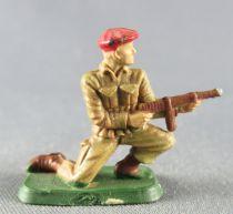 Starlux 30mm (1:55) - Army - Paratrooper Fighting Kneeling Firing MP (ref 1171)