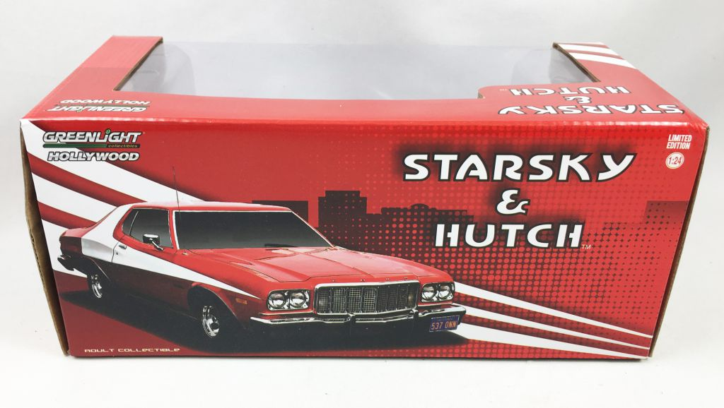 Starsky & Hutch - Greenlight Hollywood - 1:24 scale 1976 Ford Gran Torino (Chase - Green Wheels Version )