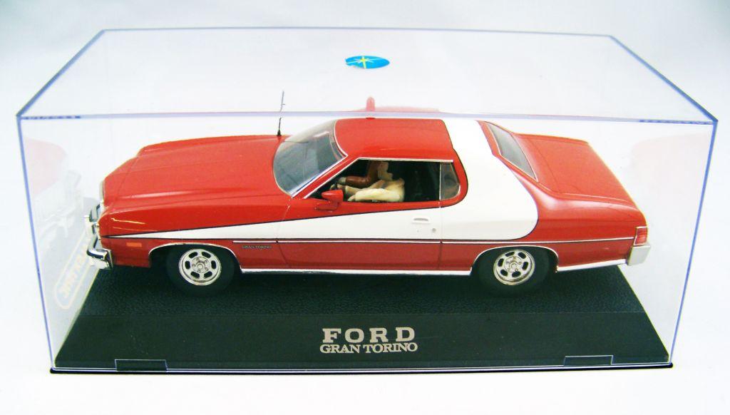 Starsky & Hutch - Scalextric - Ford Gran Torino 1976 1-32ème (avec figurines de Starsky & Hutch) 02