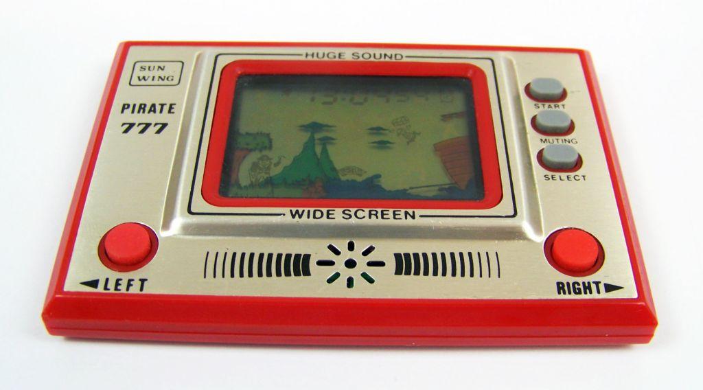 Sun Wing - Handheld Game & Watch - Pirate 777 02