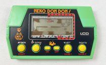 Takatoku Toys - Handheld Game - Neko Don Don! (Go On, Cat!) Loose