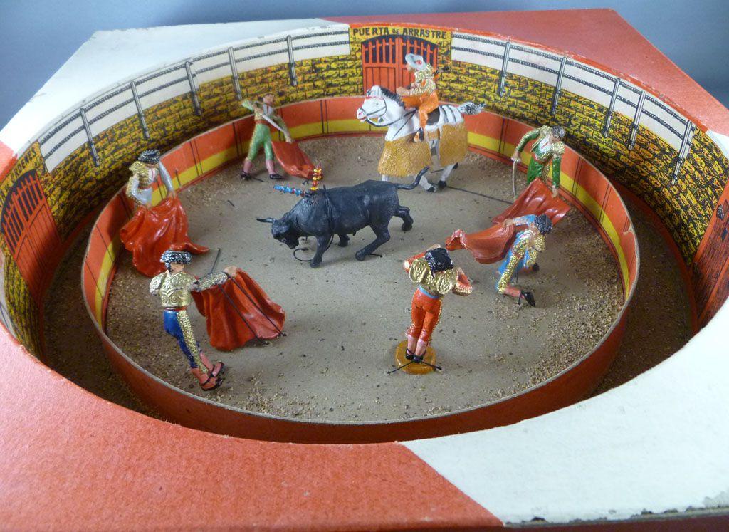 Teixido - Spanish Plaza de Toros - Bull Ring Diorama box