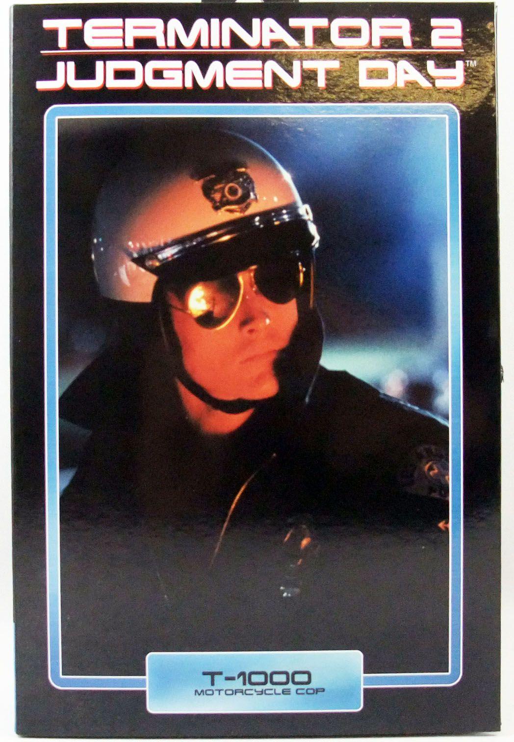 Terminator 2 - T-1000 Motorcycle Cop Ultimate Figure - Neca