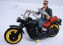 Terminator 2 - T-800 (Schwarzenegger) on Motorbike