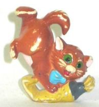 The Aristocats - Kinder plastic  figure - Toulouse