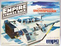 The Empire strikes back - MPC ERTL (Commemorative Edition) - Luke Skywalker\'s Snowspeeder 01