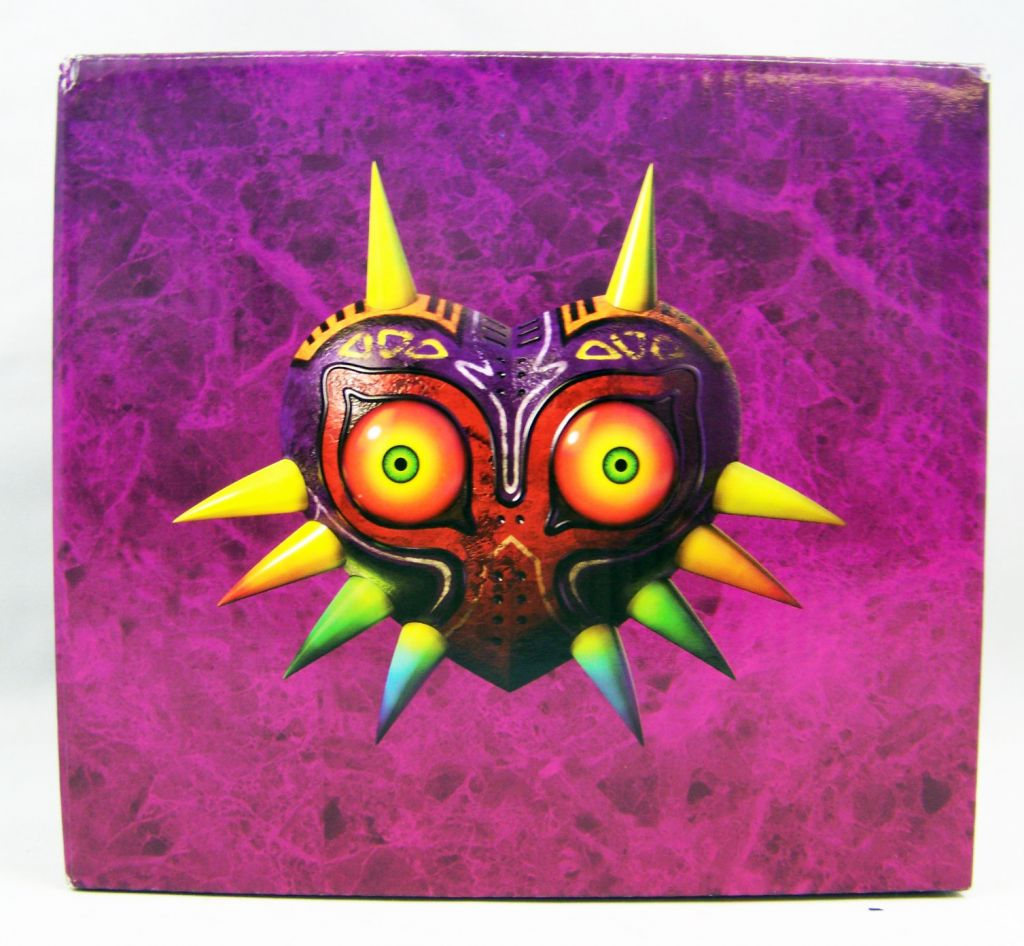 The Legend of Zelda Majora\'s Mask 3D - Lampe - Club Nintendo 01