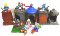 The Smurfs - McDonald 2005 \'\'Middle Ages\'\' (Set of 6 figures with base)