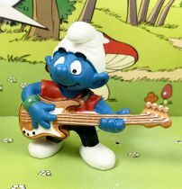 The Smurfs - Schleich - 20450 Bass player Smurf