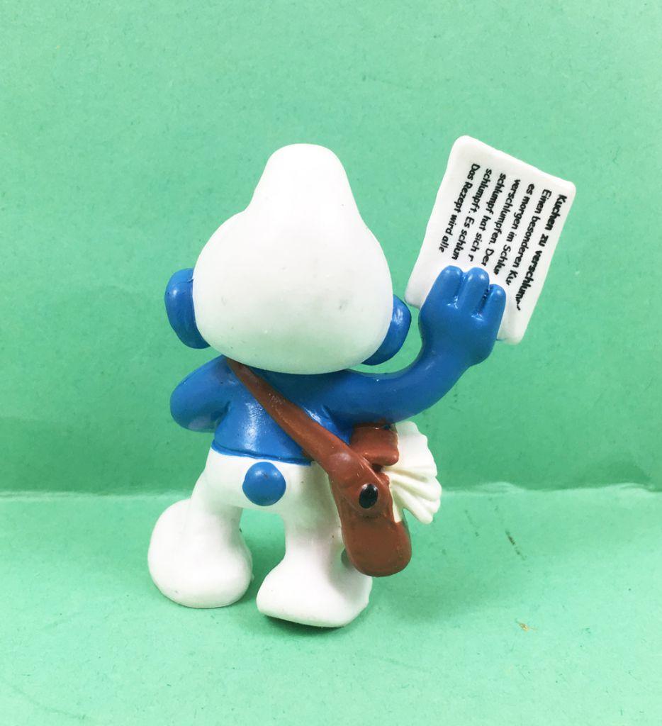 The Smurfs - Schleich - 20458 Paperboy Smurf