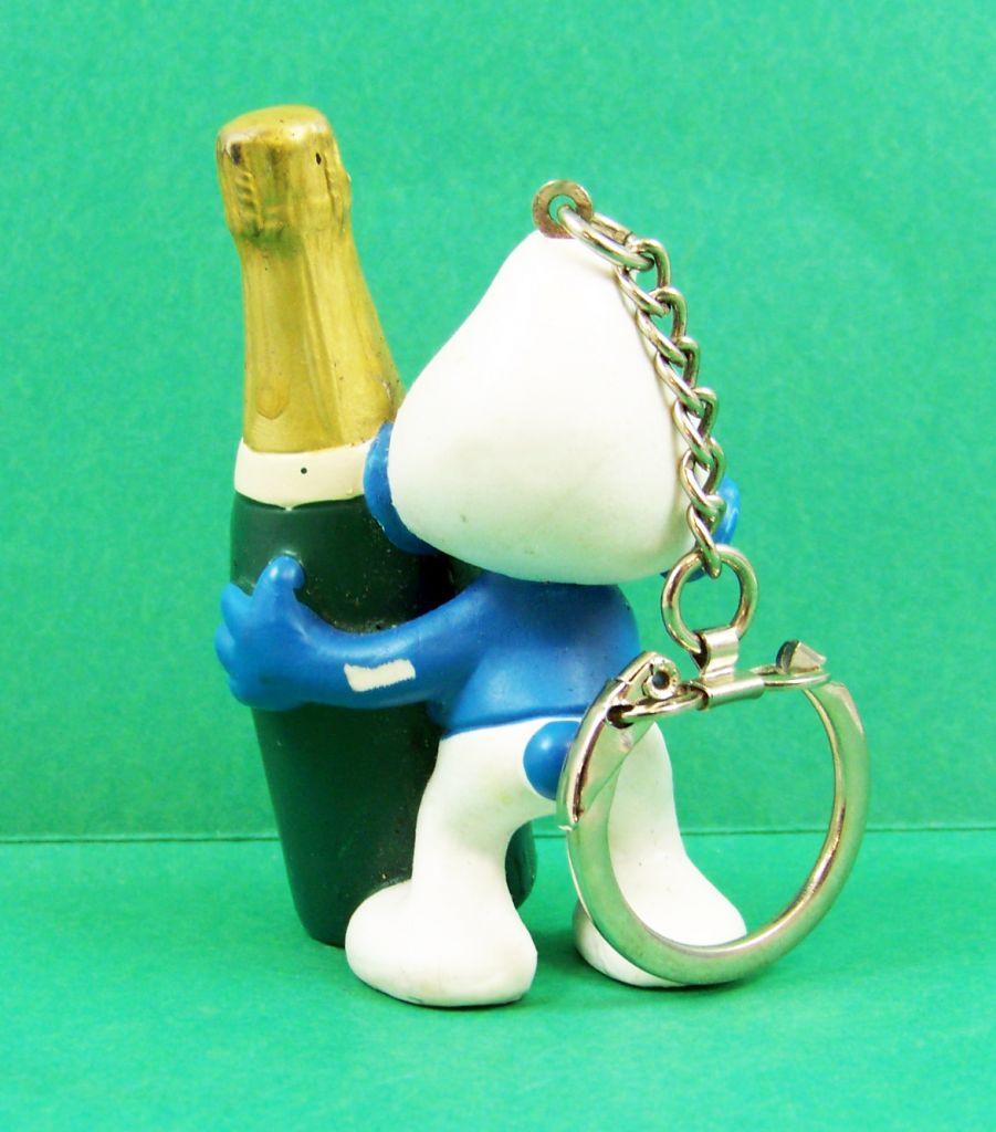 les_schtroumpfs___schleich___20708_serie_50eme_anniversaire__jubilee__schtroumpf_avec_champagne__porte_cles__03