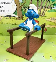 The Smurfs - Schleich - 40509 Smurf gymnast with parallel bar
