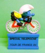 The Smurfs - Schleich - Cyclist Smurf  \'\'Spécial Télépoche - Tour de France 84\'\' (blue base)