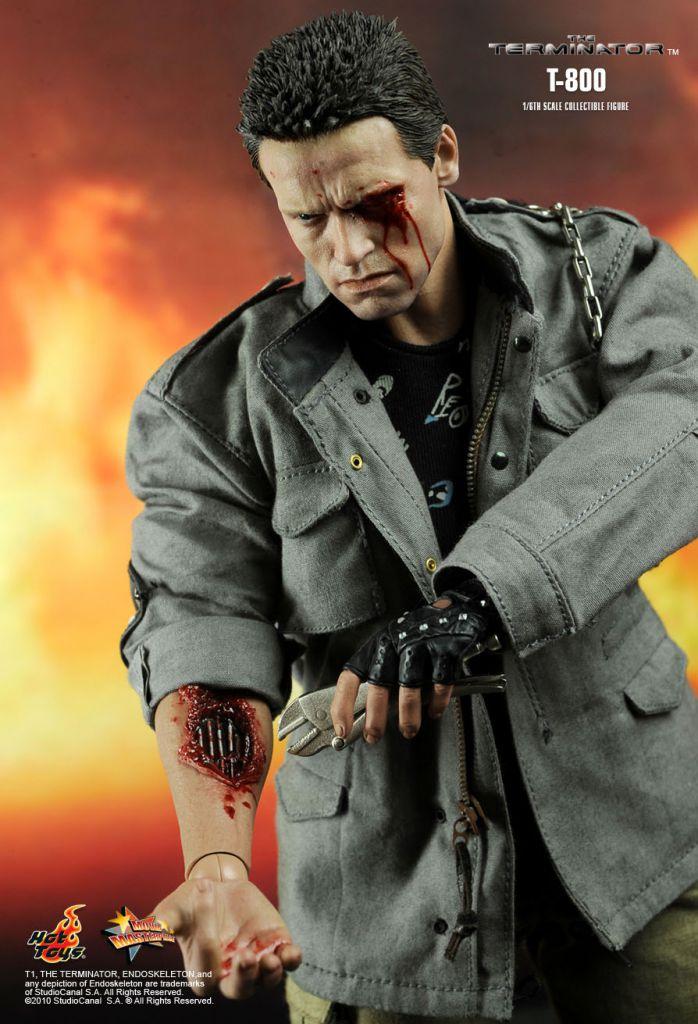 "The Terminator - T-800 - 12\"" figure Hot Toys MMS 136"