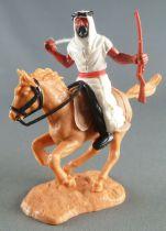 Timpo - Arabes - Cavalier blanc cimeterre & fusil noir pantalon noir ceinture rouge cheval baie galop court socle sable